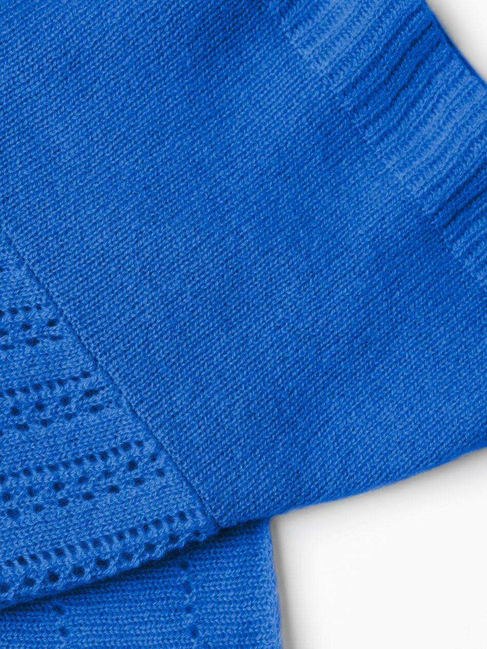 EMAAL | Ibiza Kaschmirschal – Farbe Lapis. Verschiedenen Muster geben diesem Tuch eine leichte Hippienote.